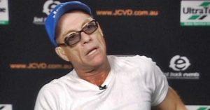 Botrány! Jean-Claude Van Damme durván kiborult, félbehagyta az interjút