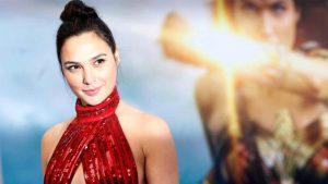 Wonder Woman mindent legyőz