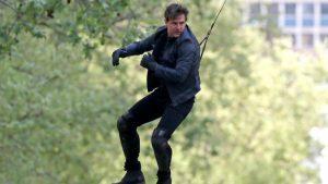 Tom Cruise súlyos sérülése miatt hónapokig áll a Mission Impossible 6 forgatása