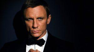 Hivatalos: Daniel Craig lesz ismét James Bond