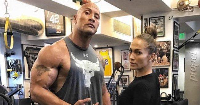 """Dwayne Johnson """"leverte"""" Jennifer Lopezt"""