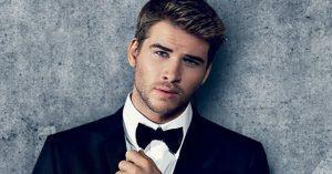 Liam Hemsworth-t megműtötték!