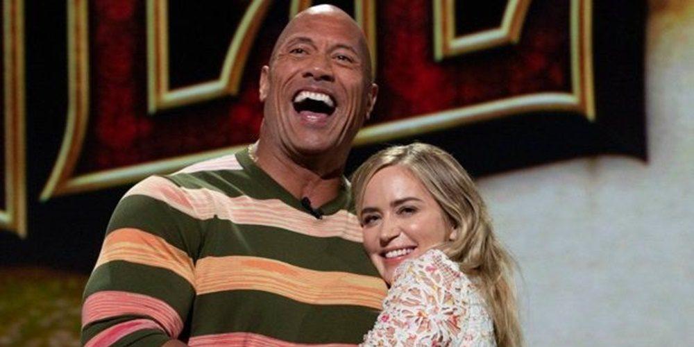 Dwayne Johnson és Emily Blunt szuperhősös filmet forgat!