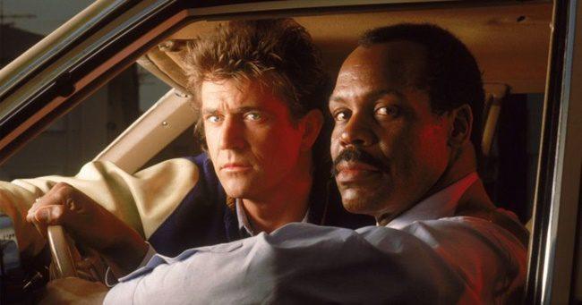 Mel Gibson és Danny Glover főszereplésével jöhet a Halálos fegyver 5!