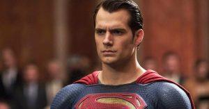Henry Cavill visszatér, mint Superman?