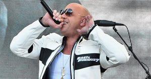 Zseniális, ahogy Vin Diesel énekel!