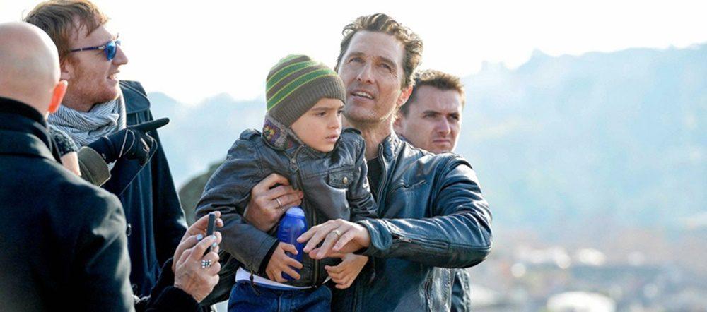 """""""Isten csodálatos! Áldottnak érezem magam a gyermekem miatt."""" - Matthew McConaughey"""