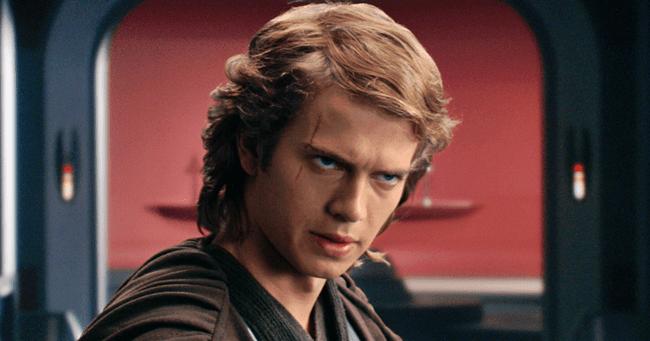 Hayden Christensen újra Darth Vader lesz!