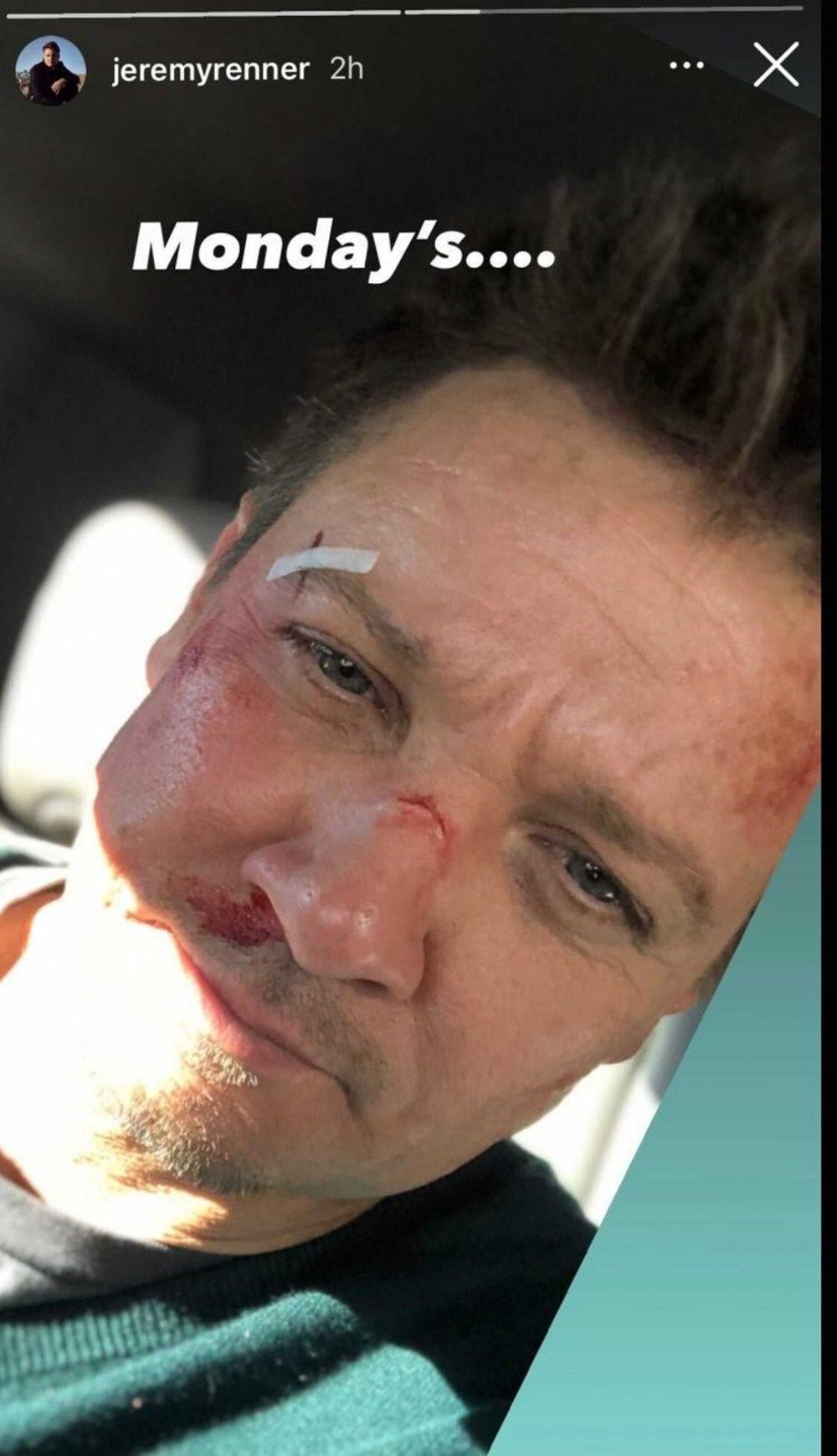 Jeremy Rennernek saját Sólyomszem sorozata készül, melyről képet is posztolt