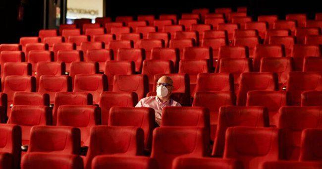 Ebben a hónapban még nem mehetünk mozizni, de vajon meddig?