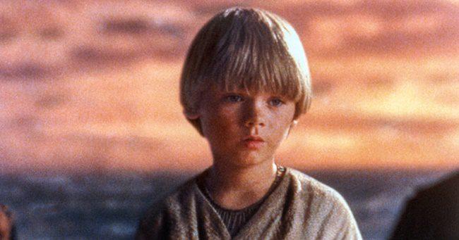 Emlékszel a kis Anakinra a Star Warsból? Így néz ki napjainkban!