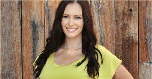 """A ma már keresztény író, Brittni De La Mora a """"Let's Talk Purity"""" című online talk showban mondta el"""