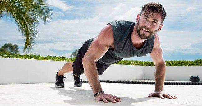Chris Hemsworth-t komolytalan színésznek tartják Hollywoodban a kigyúrt teste miatt