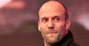 Ő Jason Statham magyar szinkronhangja!