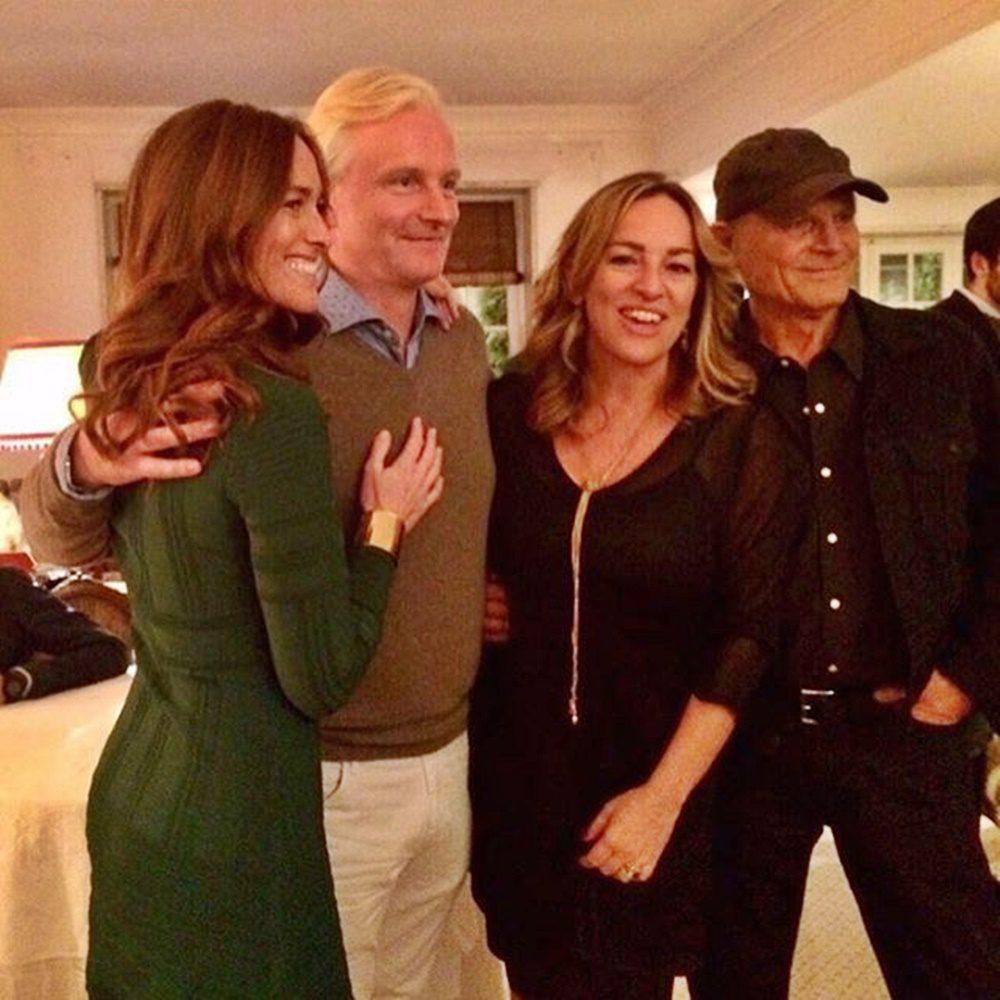 Megható pillanat: Bud Spencer lányai és Terence Hill fia közösen pózoltak egy fotón