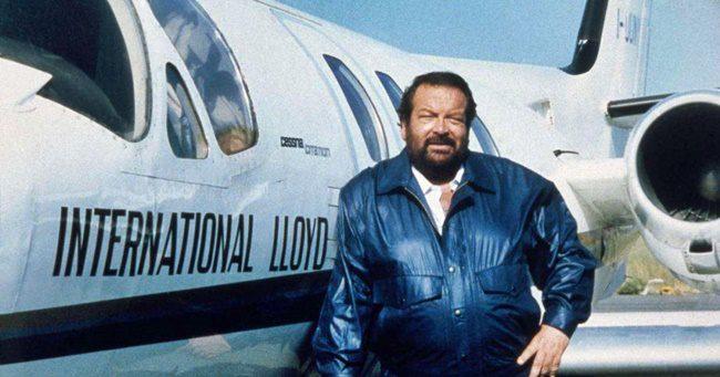 Tudta? Bud Spencer képzett gyakorló helikopter és repülőgép pilóta is volt