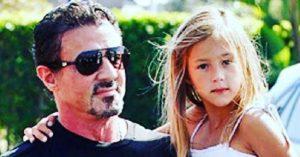 Sylvester Stallone legkisebb lánya is felnőtt és gyönyörű nővé érett