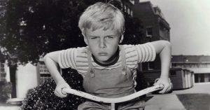 A Dennis, a komisz egykori gyereksztárja halálraítélteket kísérgetett felnőtt korában