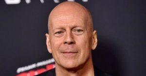 Te tudod mi volt Bruce Willis foglalkozása mielőtt felfedezték?