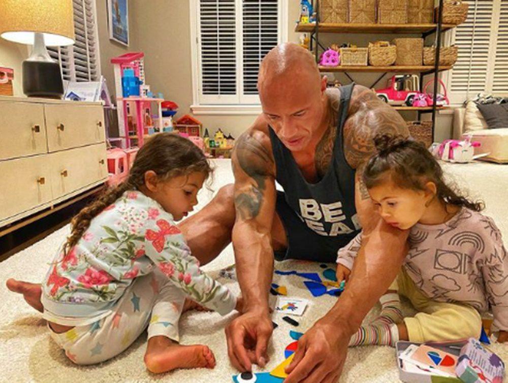 Garantáltan megolvad a szíved: Dwayne Johnsonról és 2 kislányáról irtó cuki kép készült