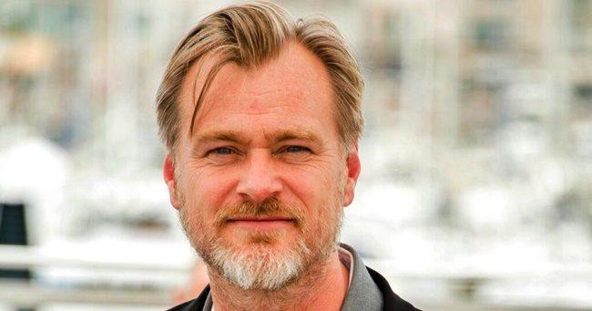 Christopher Nolan következő nagy dobása az atombomba feltalálójáról fog szólni