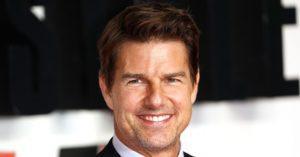 Az 59 éves Tom Cruise lehangolóan néz ki friss fotóin: sokan plasztikával gyanúsították meg a sztárt